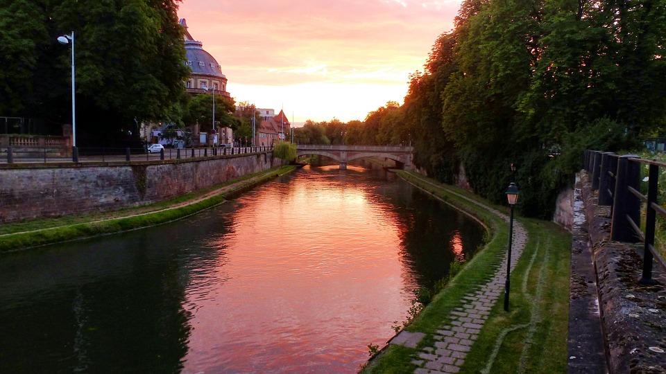 Burgundy River Cruise