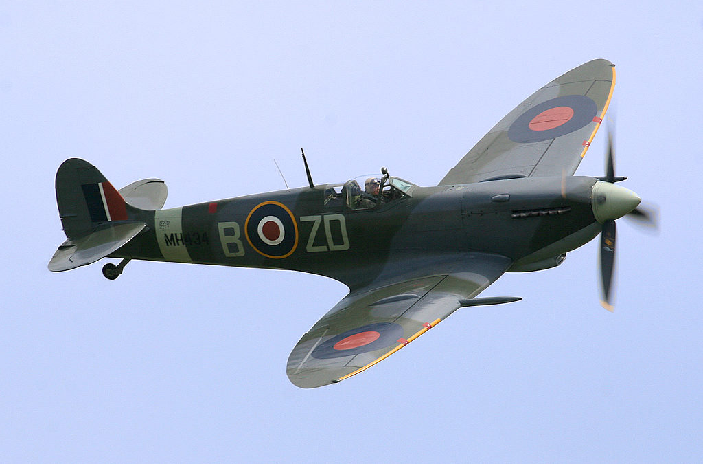 Fly in a Spitfire: The Ultimate Adventure