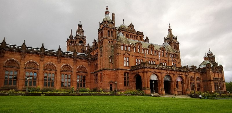 Visiting Glasgow? You just have to see Kelvingrove Art Gallery and Museum