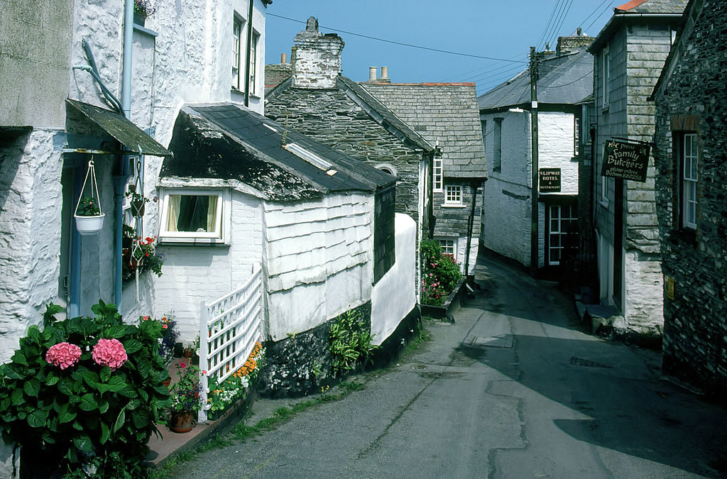 Movie Locations: Port Isaac, Cornwall
