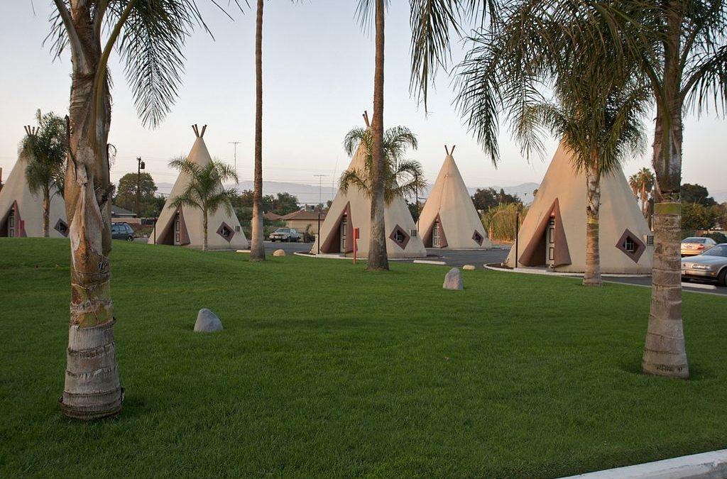 Where to Stay: Wigwam Motels
