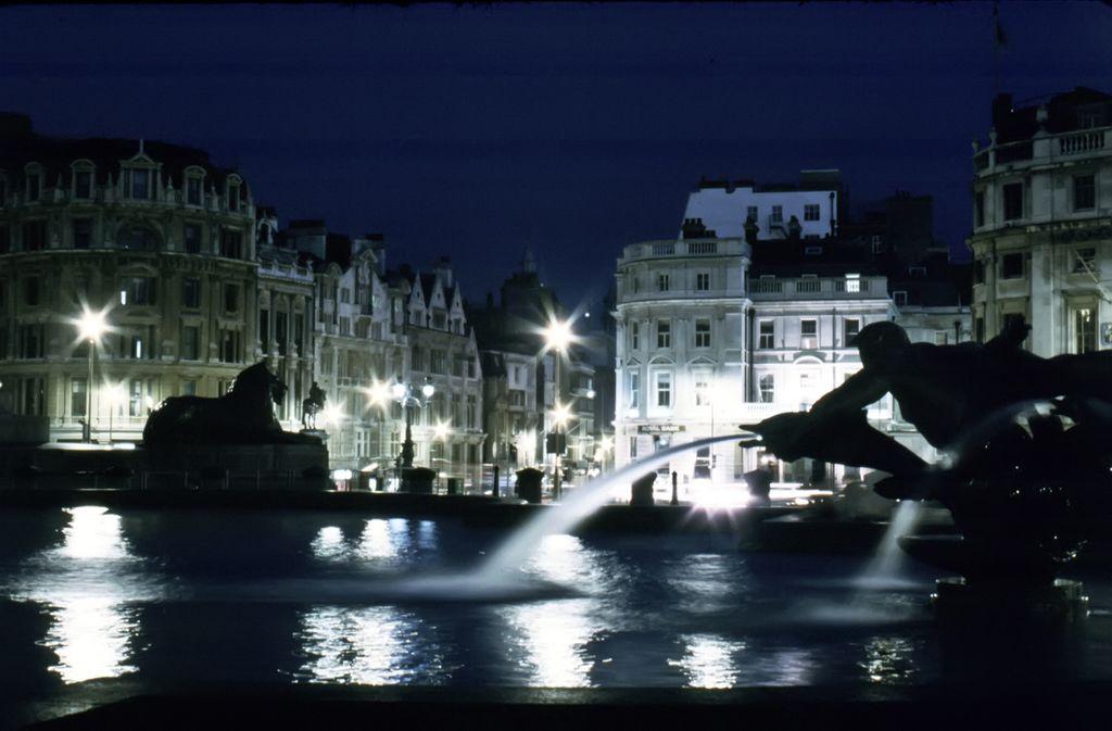 Visiting the UK: Trafalgar Square