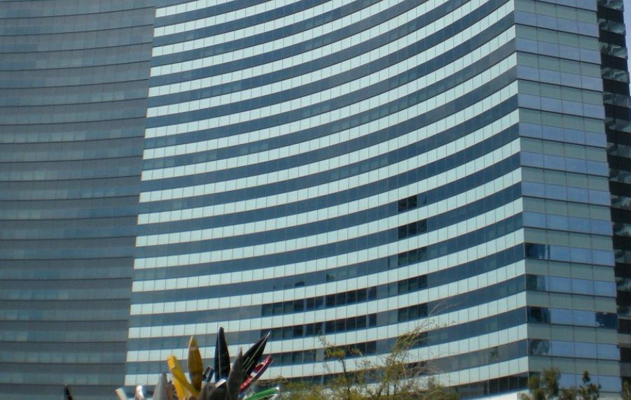 Vdana 'Death Ray' Hotel