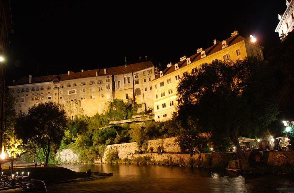 Český Krumlov Castle. And Bears