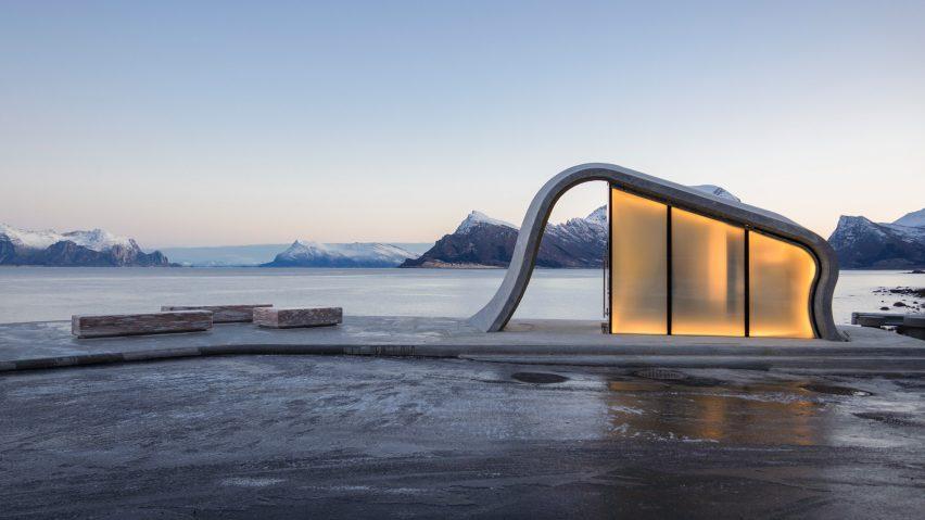 Ureddplassen, Norway: The Loveliest Loo