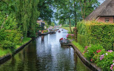 Visiting The Netherlands: Giethoorn