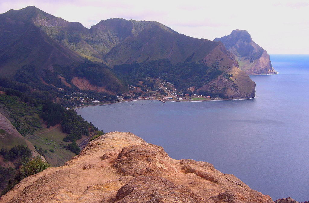 Más a Tierra: Robinson Crusoe Island