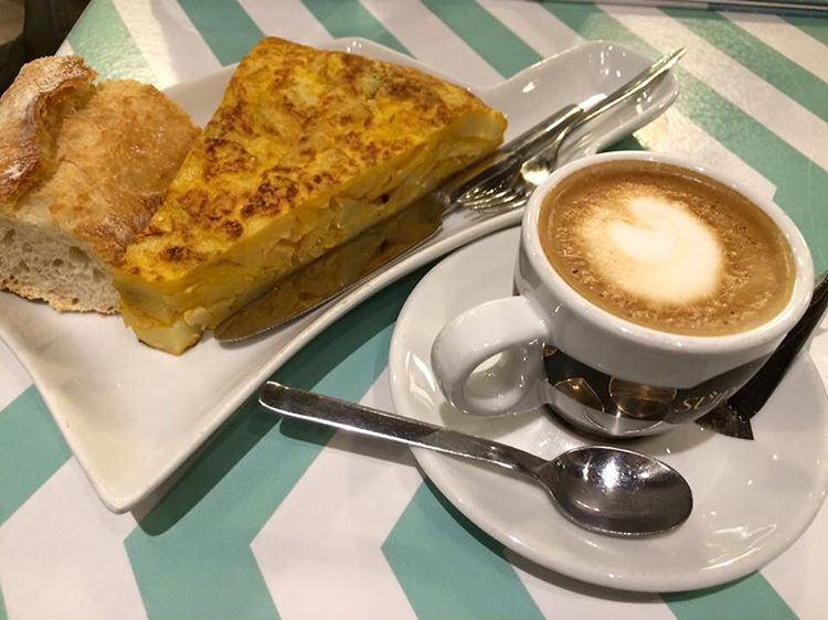 Spanish Cuisine: Tortilla de Patatas