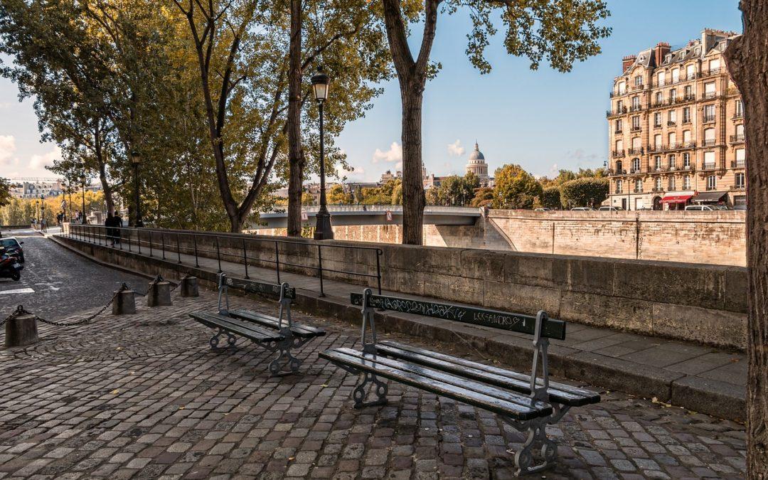 Paris: What Is Le Cinéma Sur L'eau?